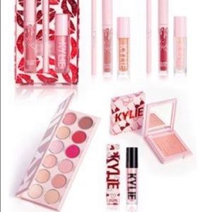 Kylie cosmetics limited edition Valentines bundle